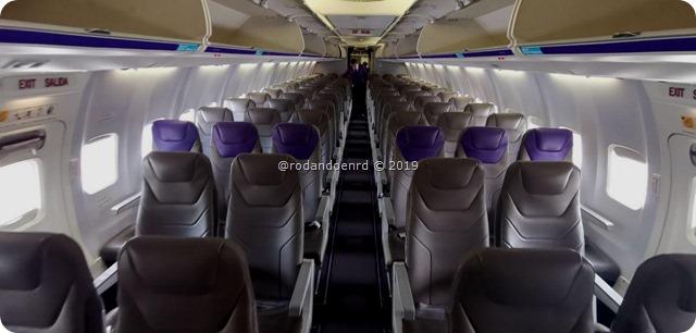 Dentro del Avion de Wingo