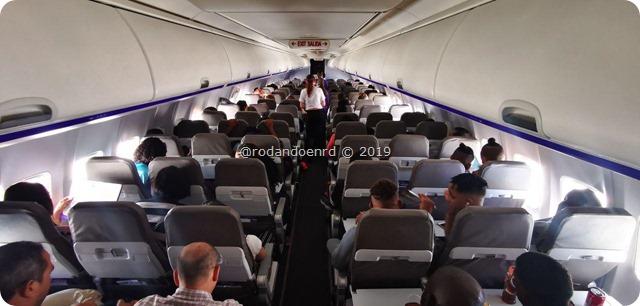 Dentro del Avion de Wingo -  Personas
