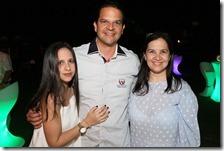 9.Marielena Torres, Jorge Torres y Angie Torres